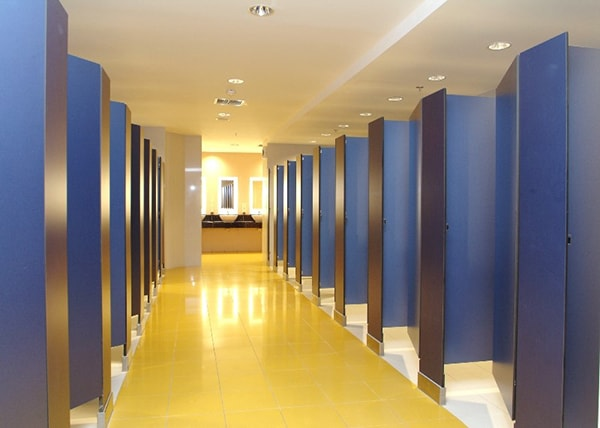 Cung cấp thi công lắp đặt vách vệ sinh Compact HPL
