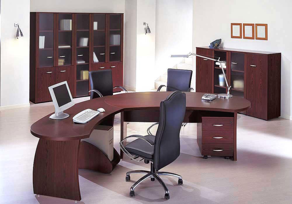 Chọn bàn làm việc theo tiêu chuẩn chiều cao