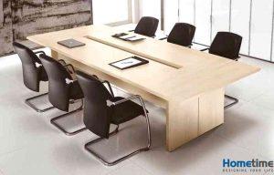 Sự kết hợp hài hòa giữa ghế và bàn