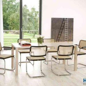 Hình ảnh ghế chân quỳ cho phòng họp có sự giản đơn, thoải mái